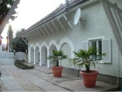 Penzion Balaton Völgye Kőröshegy