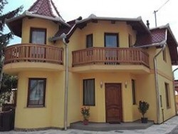 Apartmán Kisfa-2 s jacuzzi Mezőkövesd