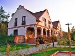 Erdőspuszta Club Hotel - Hostovský dům ARBO  Debrecen