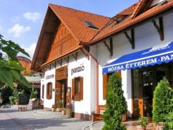 Penzion a restaurace Růže Mezőkövesd