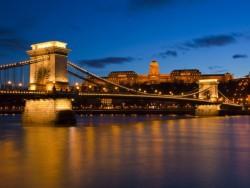 Széchenyi řetězový most - Budapest Budapešť